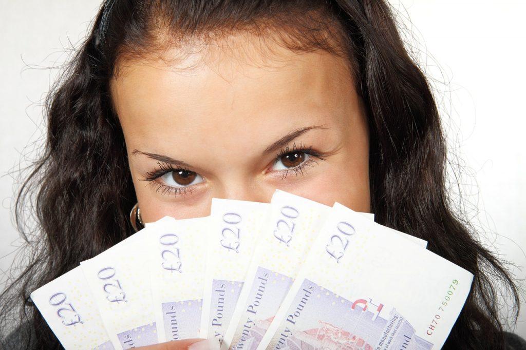 主婦の仕事の大変さをお金で表すと・・・!!!