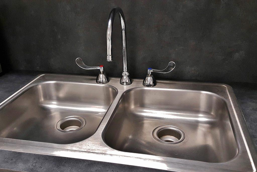 シンクの排水溝掃除の仕方をご紹介!重曹で簡単お掃除♪