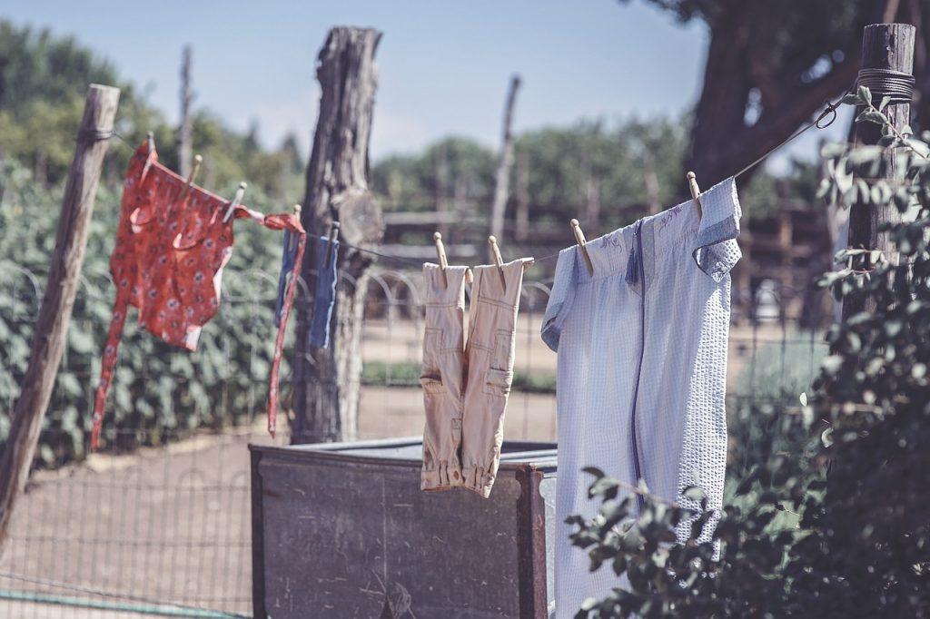 洗濯を洗剤なしでするなら「洗濯板」がオススメです!