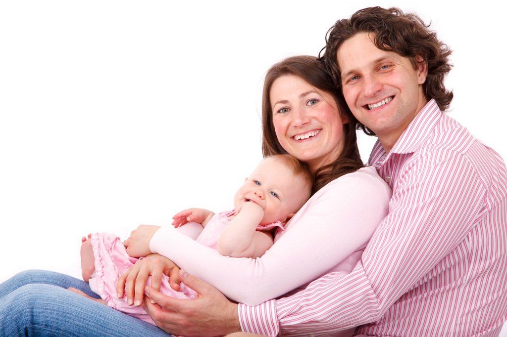 なかなか聞けない家計の平均!3人家族の場合はどのぐらい?