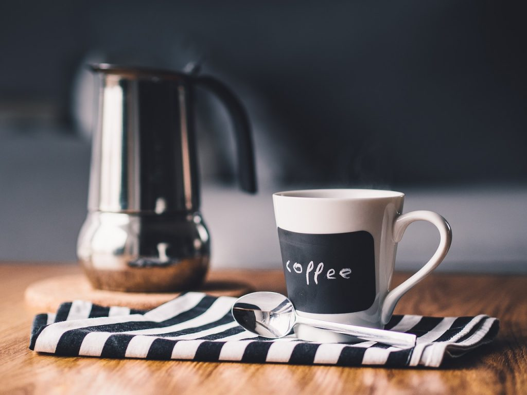 完全版!会社の来客へのコーヒーの正しい出し方を教えます!