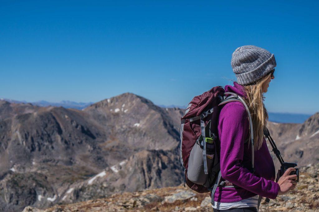 登山のときの服装も女子なら可愛くかしこく着こなそう!
