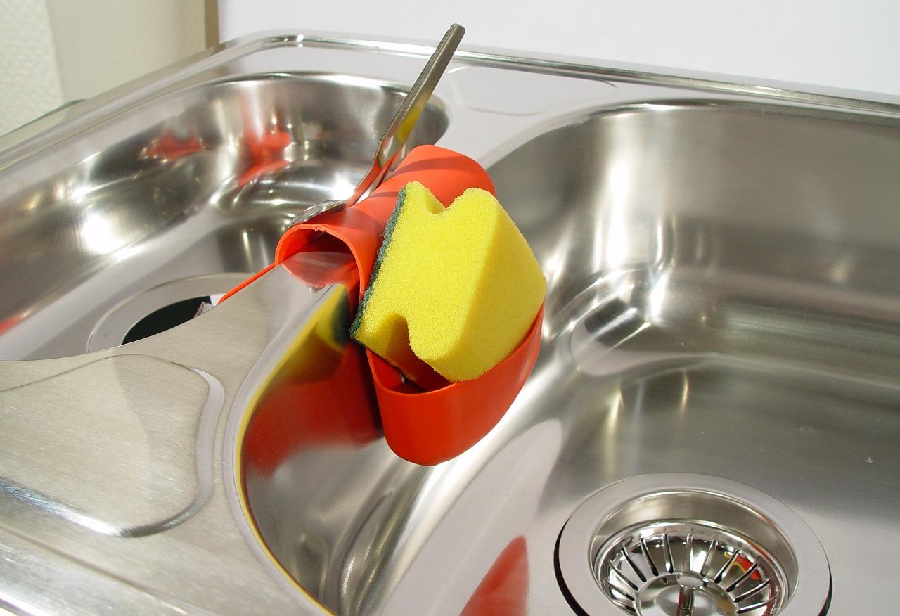排水溝「詰まり・ぬめり掃除」に効果的な重曹!おすすめの理由を紹介