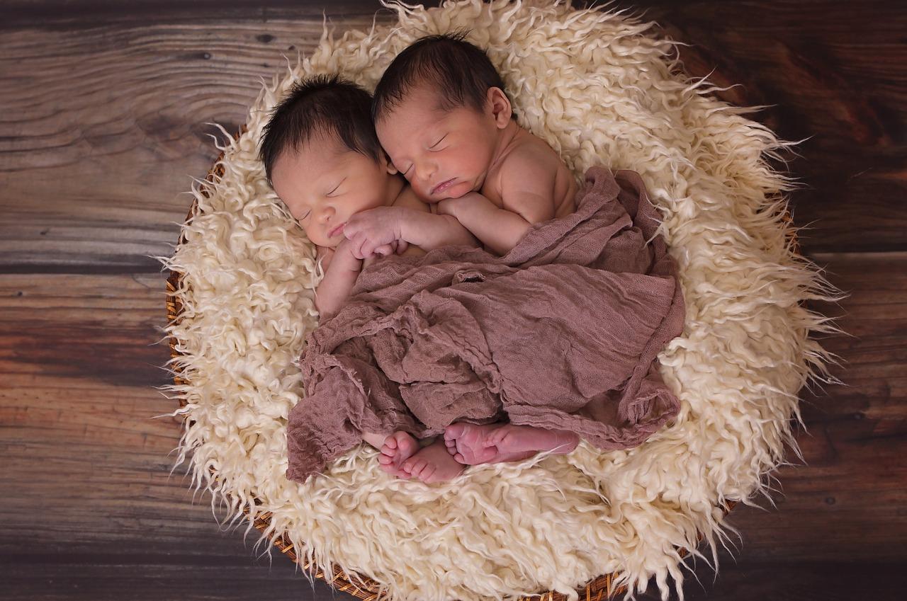 お疲れ様です!壮絶な双子育児、イライラするのはあなただけじゃない