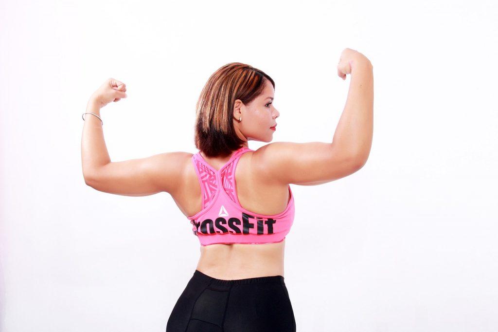 二の腕が太いのは筋肉のせい?女性の悩み解決します!