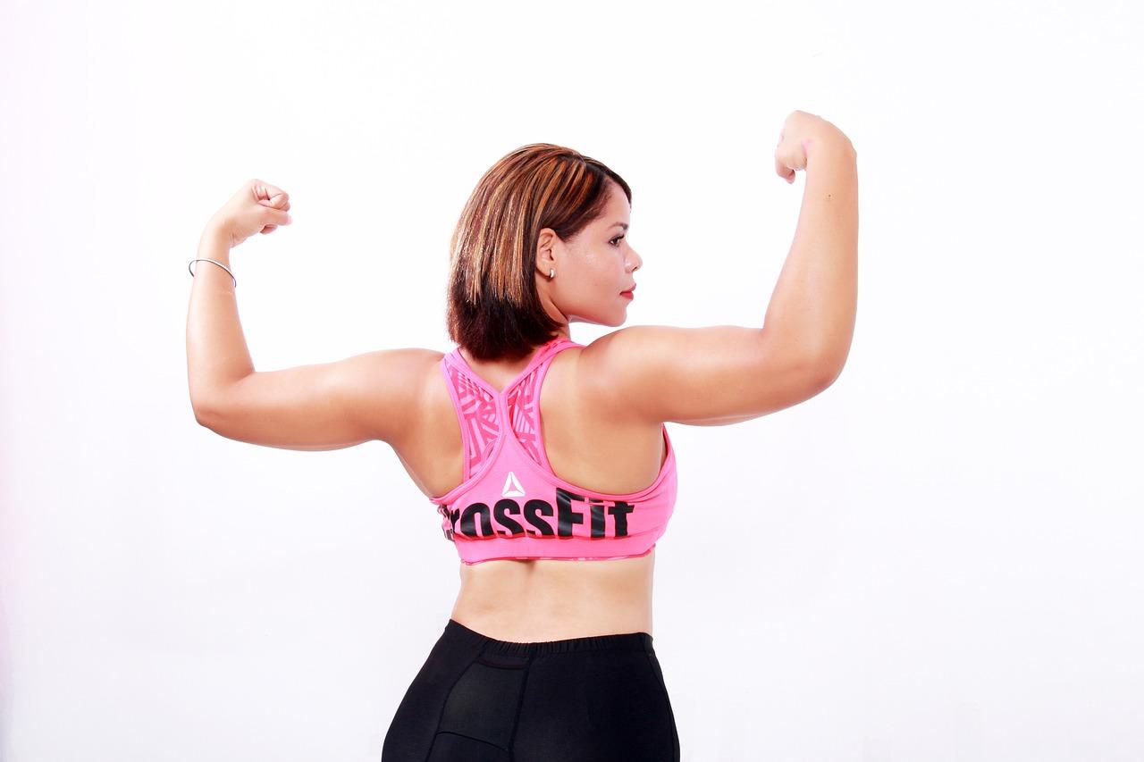 二の腕が太い原因は筋肉!?むくみ?二の腕痩せマッサージ方法