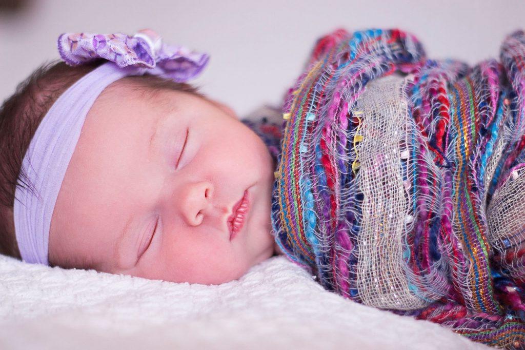 日中の赤ちゃんの居場所〜リビングでお昼寝環境について