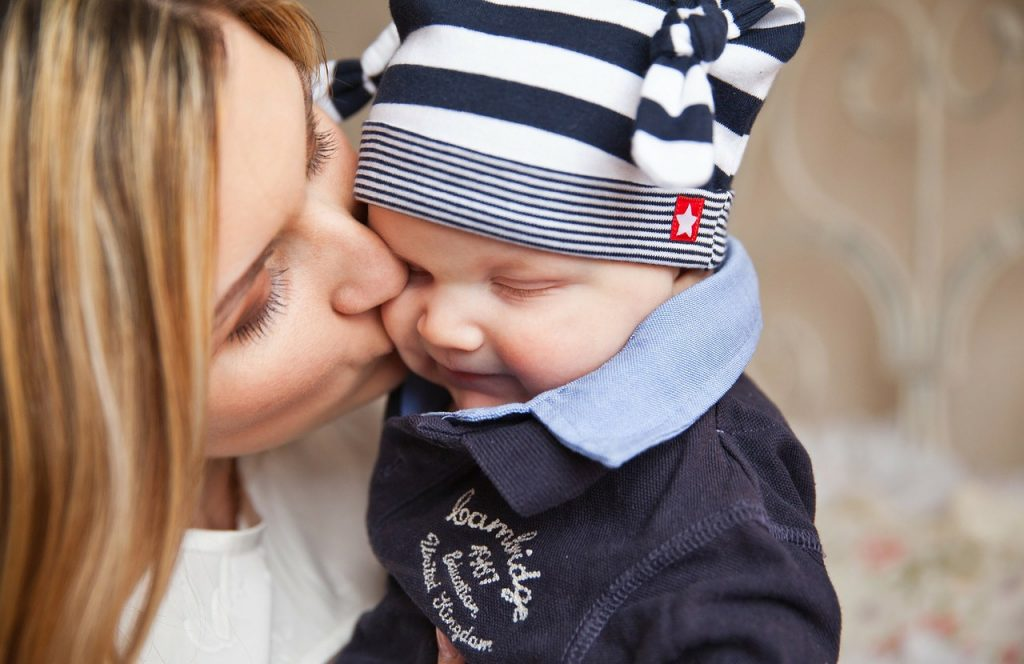 赤ちゃんの成長が早い~気になる発育への影響と注意点