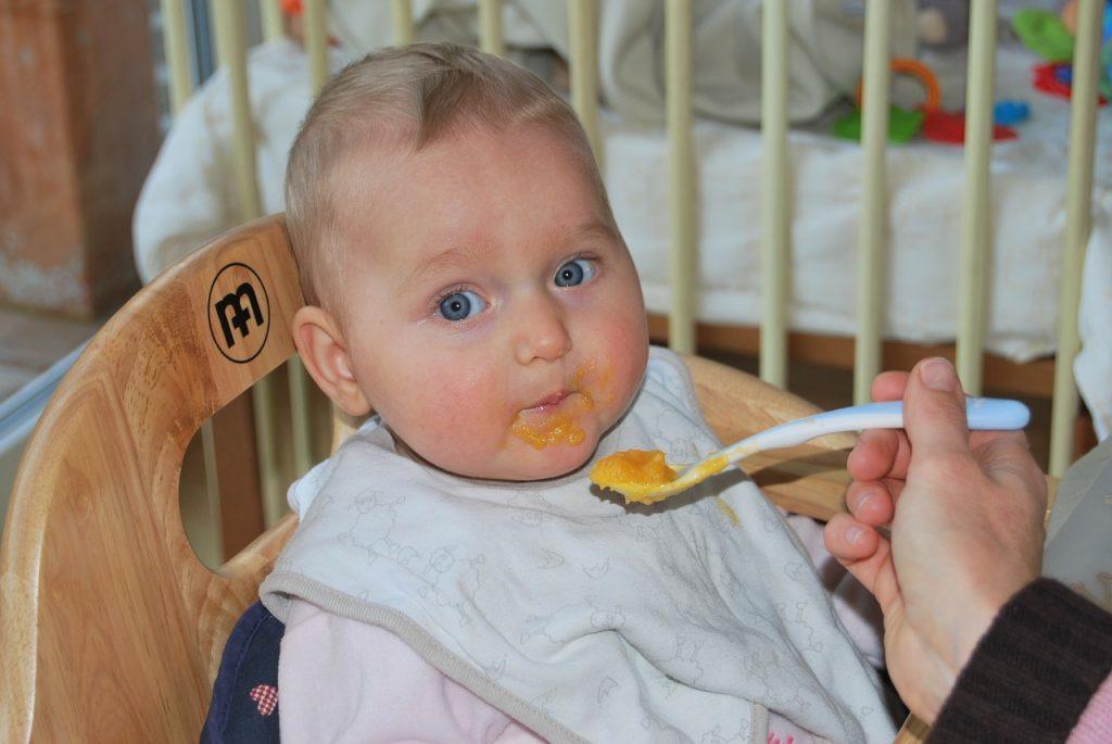必保育園に離乳食を持参する新米ママさんへ!