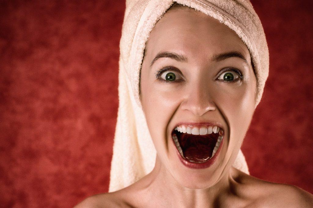 お風呂上がり、タオルを上手に頭に巻く方法が知りたい!