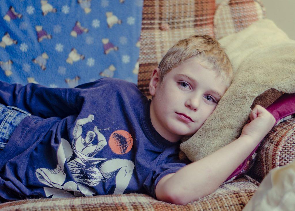 子供が発熱…発熱前に寒気がする理由と発熱の対処法!