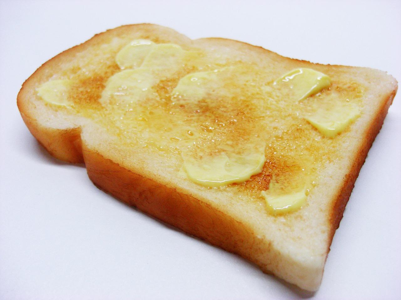 比較!トーストはバターが安全でマーガリンは危険?絶品レシピ公開