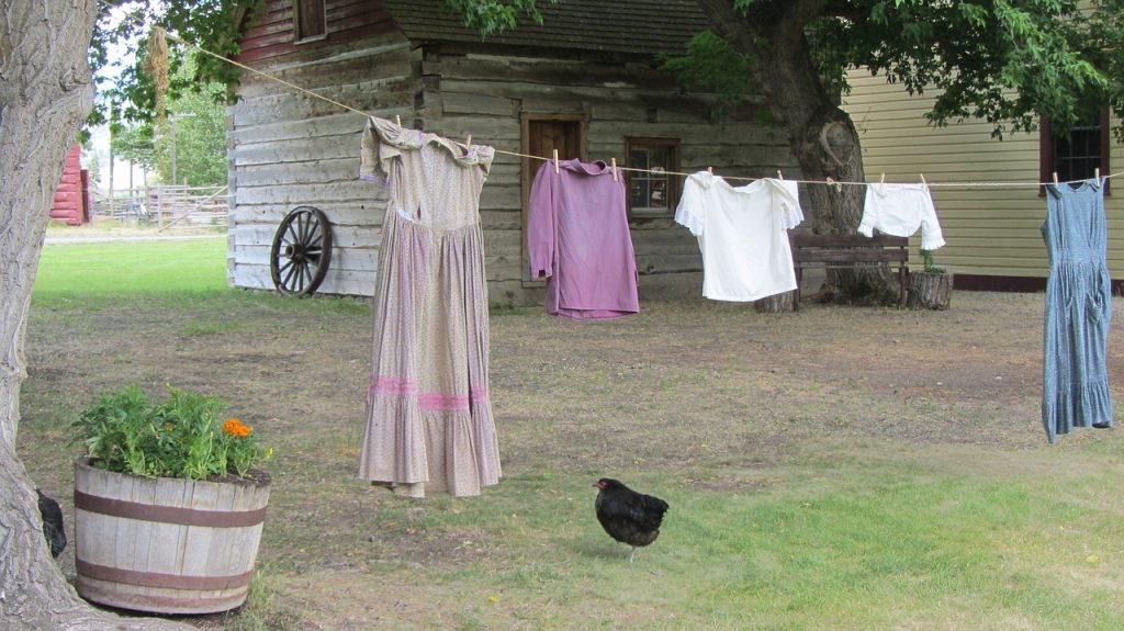 レーヨンを洗濯で縮ませてしまった時のリンスの活用方法!