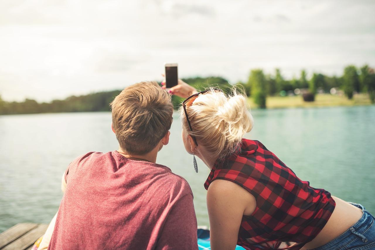 彼氏と旅行の支払い…男女の費用分担・割合の決め方!割り勘もアリ?