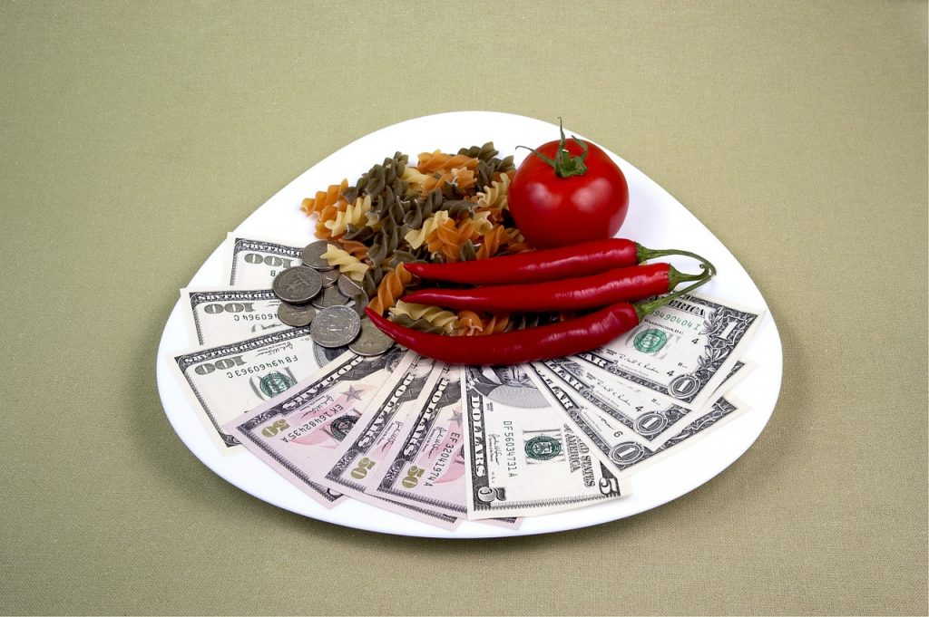 夫婦二人の食費の平均はどのくらい?うちは使いすぎてる?