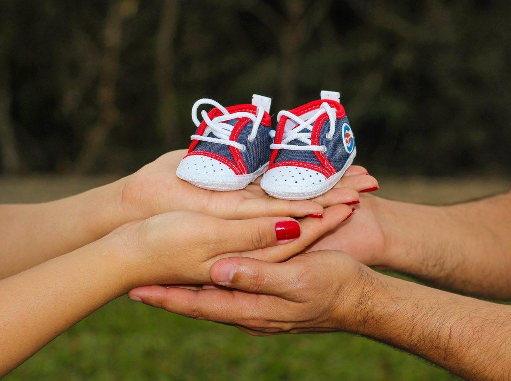 妊娠初期なのに仕事が忙しい…気を付けておきたい職場環境