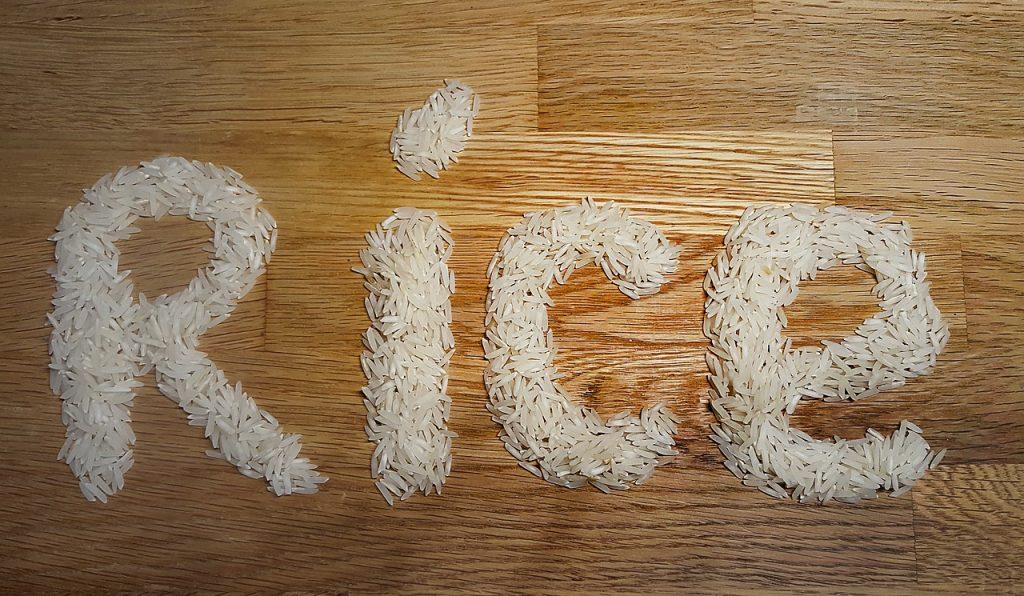 炊飯器で玄米と白米を合わせて美味しく食べる方法。