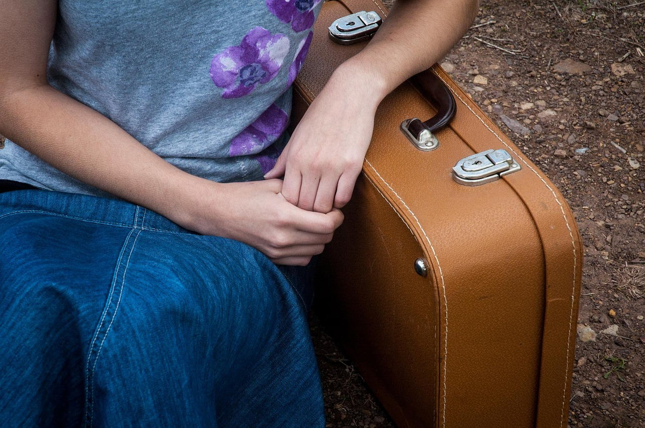 娘と彼氏の2人旅行!親の反対を説得する方法やアリバイ工作行動まで