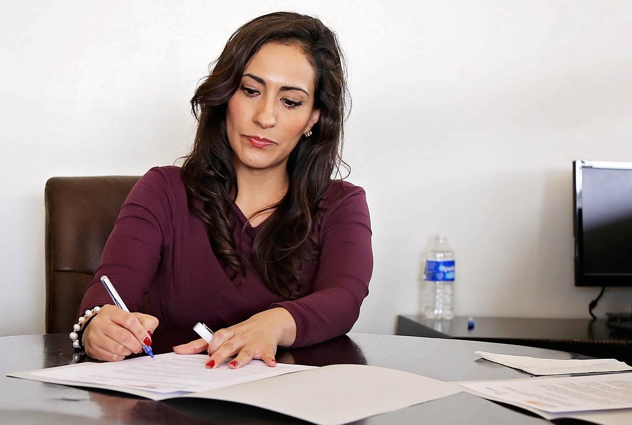 女性の就職を有利に!職業選択で役立つ【最強資格】おすすめはコレ!