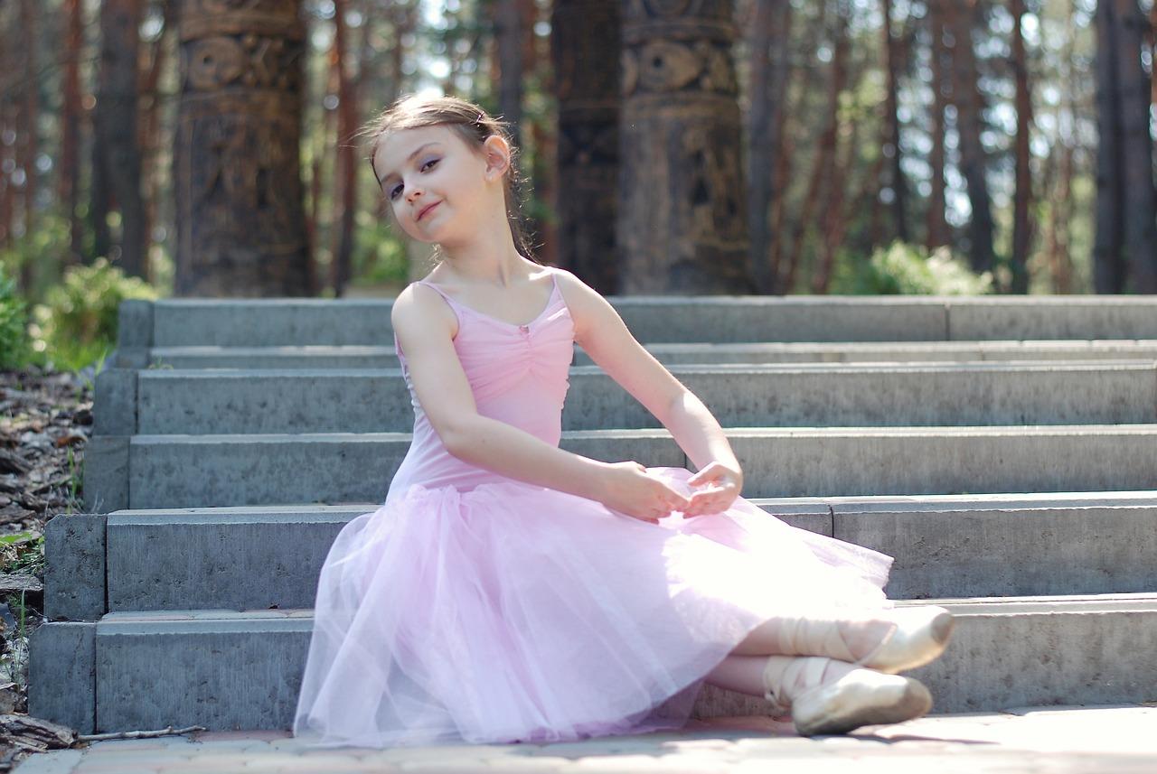 バレエを子供に習わせたい!お金はどれくらいかかる?