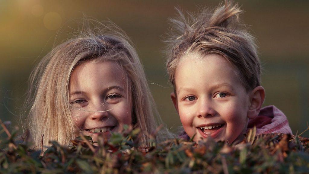 なぜ子どもの髪には静電気がおきやすいの?