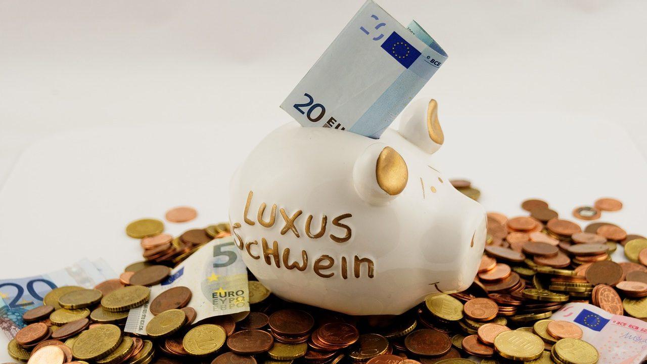 毎月必ず貯金している夫婦にはルールが!貯金に成功するコツとは