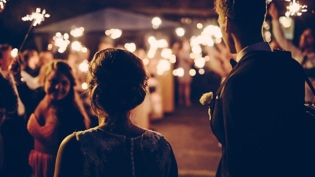 常識で考えて…元彼を結婚式に招待する?「あり or なし」を調査