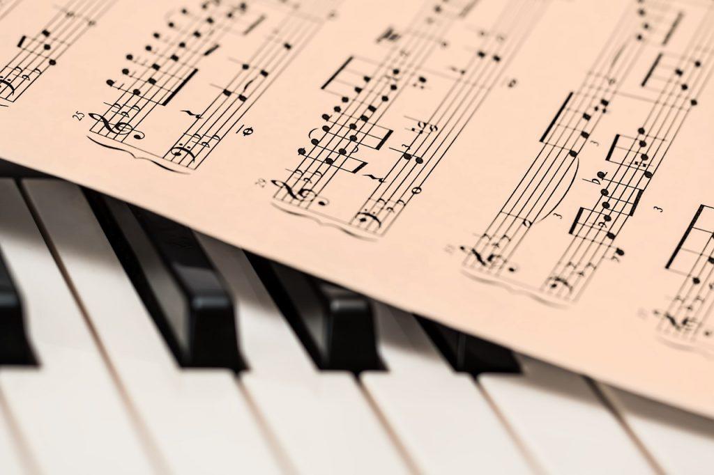 公立で音楽が学べる高校は半端ない音楽好きが集まる!