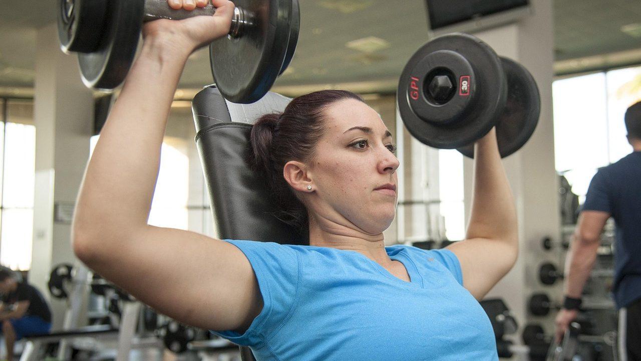 筋肉と脂肪の違いや見分け方は?筋肉量を増やして美シルエットに